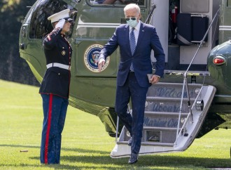 Así recibe Biden órdenes de Planned Parenthood