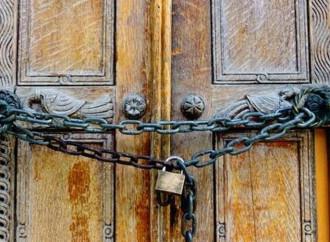 """Adiós a las misas: En Italia """"Iglesia Patriótica"""" igual que en China"""