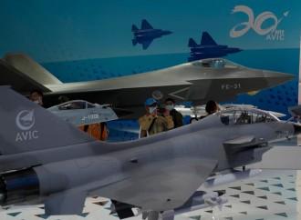China juega a la guerra, mientras Occidente es puesto a prueba