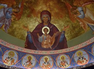 María, la maternidad divina que se abre a la redención