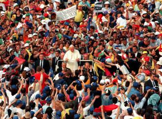 Movimientos atados con correa: nunca hubo menos libertad en la Iglesia