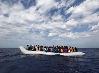 Grecia y Malta luchan contra los traficantes de personas