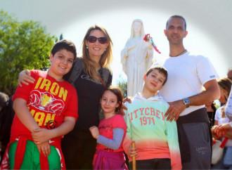 La Leucemia, el Ángel y la familia salvada por María