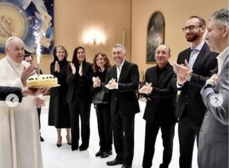 """La """"tarta"""" envenenada: una estrategia gay muy estudiada"""